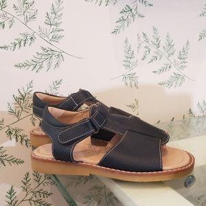 NWOT Elephantito sandals FLASH SALE🎆